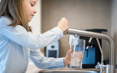 Si può bere acqua dal rubinetto di casa?